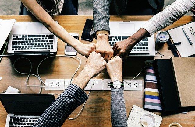 come comportarsi a lavoro - fare squadra al di sopra di ogni cosa